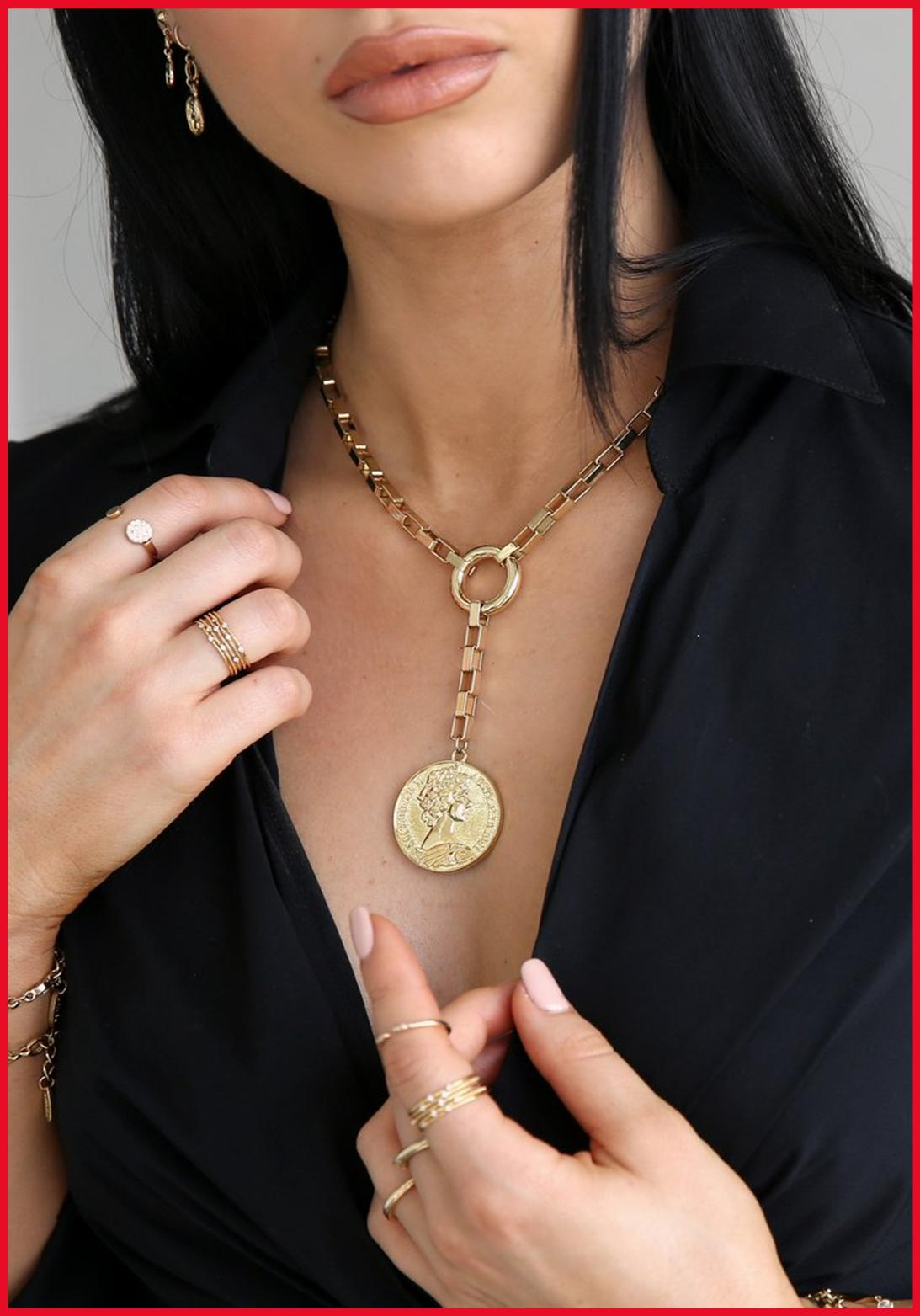 COIN & DIVINE NECKLACE